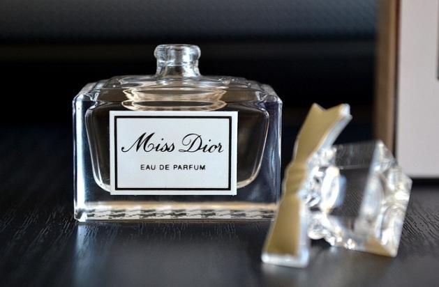 miss dior eau de parfum designer perfumes fragrances for women blog review2